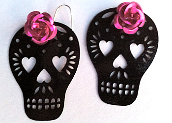 valentine-skull-earrings